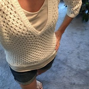 Fun open knit v neck sweater